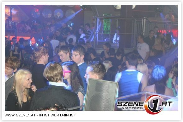 Foto 1 Von 600 One Night In Paris Excalibur Szene1at