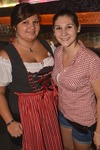 Dirndl vs. Lederhosn