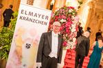 Auftritt der Walzerformation am Elmayerkränzchen 2017