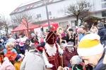 Perchtenlauf mit Adventmarkt & Nikolaus