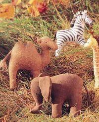 """Gruppenavatar von Der Elefant zum Kamel: """"Warum hast du den Busen aufm Rücken?"""" """"Für einen, der n Schwanz im Gesicht hat ne blöde Frage!^^"""