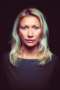 Angelika Niedetzky Gegenschuss@Stadtsaal Wien