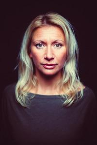 Angelika Niedetzky - Gegenschuss@Stadtsaal Wien