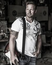 Jasper Graham & Band@Freysitz - Bar