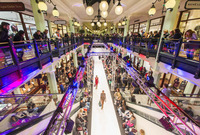 3. November 2016: Fashion, Glamour und Promisportler beim  Late Night Shopping im McArthurGlen Designer Outlet Salzburg @Designer Outlet Salzburg