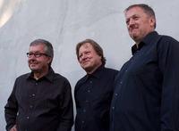 Roland Batik Trio@ZWE
