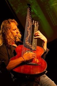 Joachim Csaikl & Freunde präs: Die lange Nacht der Kontra-Gitarr@ZWE