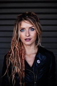 Sarah Lesch | VON MUSEN & MATROSEN@Bühne im Hof