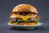 Französische Burger Genüsse in Flatschers Bistrot@Flatschers Bistrot