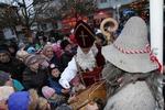 Adventmarkt & Perchtenlauf 13672724