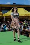 Große Modeschau 13829653