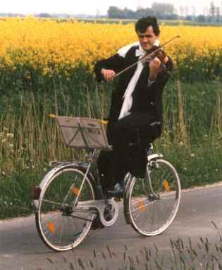 Gruppenavatar von Wenn Dummheit Fahrrad fahren könnte, müsstest du den Berg hinauf bremsen!