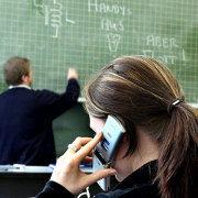 Gruppenavatar von Wir husten wenn Handys in unpassenden Augenblicken läuten ;)