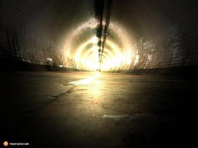 Gruppenavatar von Das Licht am Ende des Tunnels, ist nur die Taschenlampe des Arztes