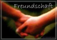 Gruppenavatar von ~~>Eine Freundschaft beginnt durch ein Lächeln, lebt durch einen KuSS und stirbt durch eine Träne!