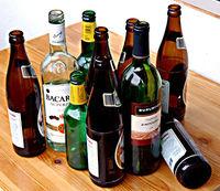 Gruppenavatar von Alkohol isT keiine Lösung aber KEIN Alkohol isT auch keiine Lösung