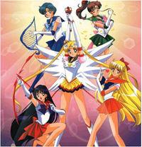 Als ich klein war habe ich als Sailorkriegerin gegen die Mächte der Finsternis gekämpft=)