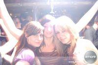 Gruppenavatar von (= Wir leben um Partys zu feiern!! =)