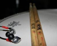 listen to the drums@Republic-Cafe