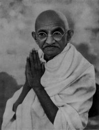 Mahatma Gandhi- Gewaltloser Widerstand!!