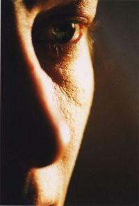 Gruppenavatar von ► Traue nie den strahlenden Augen eines Mannes denn es könnte die Sonne sein die durch seinen hohlen Kopf scheint ◄