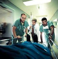 Gruppenavatar von Für mich ist Emergency Room noch das OP-Serien Ur-Gestein!!!
