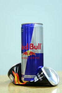 Gruppenavatar von Wir bleiben Red Bull (Österreich) treu und kaufen kein Burn (Coca Cola)!