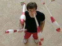 jonglieren am morgen vertreibt kummer und sorgen