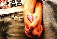 Gruppenavatar von (¸.•´¯)Wenn ich gewusst hätte, das es so weh tut, deine Hand los zu lassen...hätte ich sie nie berührt!!!(¸.•´¯)