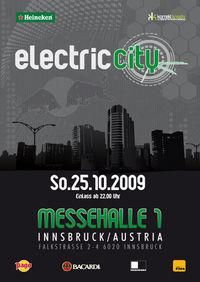 electric city mit moonbootica@Messehalle 1