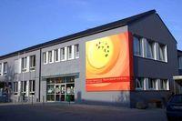 HS1/SHS ScHuBeRtViErTeL   -    best school on earth