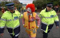 Gruppenavatar von Ronald McDonald ist nur ein pädophiler clown!