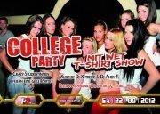 College Party mit Wet T-Shirt Show
