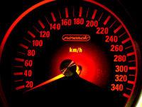 Wozu rasen? 230 km/h genügen