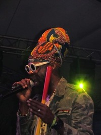 Yardvibez - Live: Fitta Warri (Jam) & Jahpremacy (AT)