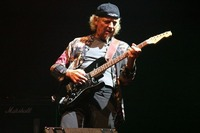 Jethro Tull's Martin Barre & Band support: Shelly Bonet@Reigen