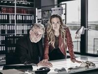 """Premiere: """"Killer-Tschick"""": Lilian Klebow liest aus dem ersten Roman der SOKO Donau im Lugner Kino@Lugner City"""