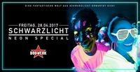 SCHWARZLICHT • 28.04.17 • XXL Edition@Bollwerk
