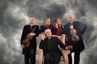 KK-Strings & Frank Hoffmann