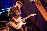 Henrik Freischlader Band@Reigen