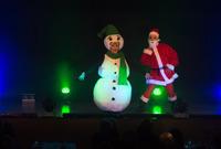 Herrliche Damen / Christmas around the world