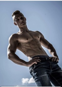 _Bodyboy_