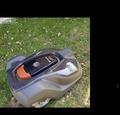 Wir Verkaufen Husqvarna Rasenroboter 76801200